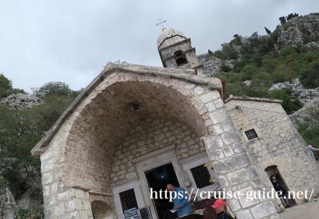 スルジ山の教会
